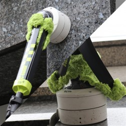 Dotworkz DW-CLNR-PRO Dome Wizard Cleaner Head Unit with Green Higher Pile Mitt